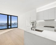 695 1st Ave Unit 33A, New York image