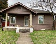 801/803 Cristler Avenue Unit A/B/C, Dallas image