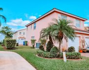 253 Nw 166th Ave, Pembroke Pines image