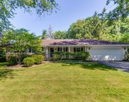 290 Hilldale Place, Lake Forest image