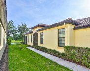 5616 Sunset Falls Drive, Apollo Beach image