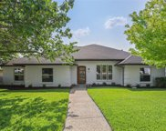 7411 Gracefield Lane, Dallas image