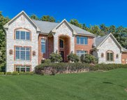 650 Red Tail Ct, Brookfield image