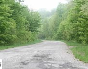 E Valley Lane, Leland image