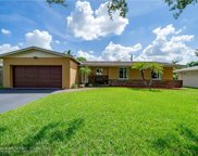 5210 SW 90th Ter, Cooper City image