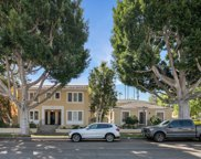 8918     Burton Way, Beverly Hills image