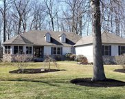 7693 Laurelwood Drive, Canal Winchester image