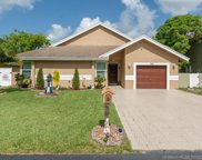 720 Nw 207th Ter, Pembroke Pines image