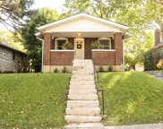 7268 Richmond  Place, Maplewood image