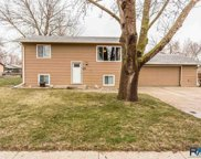 5800 W 61st St, Sioux Falls image