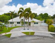 13700 Sw 71st Ln, Kendall image