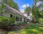 1240 Daleview Dr, Mclean image