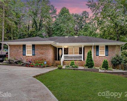 7215 Linda Lake  Drive, Charlotte