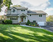38 Normandy  Drive, Northport image