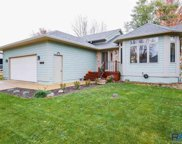 420 N Linwood Ct, Sioux Falls image