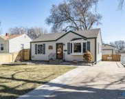 2516 S Glendale Ave, Sioux Falls image