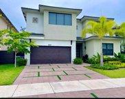 8921 Nw 160th Ter, Miami Lakes image