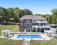 7740 N Lakeview Drive, Unionville image