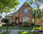 5940 Dripping Springs Court, North Richland Hills image