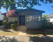 440 Hobart Ave, San Mateo image