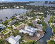 11701 Lake Shore Place, North Palm Beach image