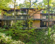 334 Circle Lane, Lake Forest image