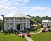 215 Colonial Hill Drive, Lufkin image