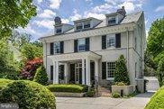 8 Morven   Place, Princeton image