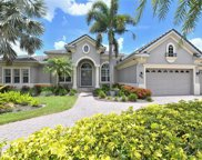 6823 Dominion Lane, Lakewood Ranch image