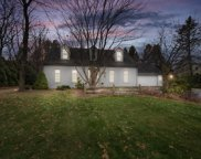 10849 N Sherwood Dr, Mequon image