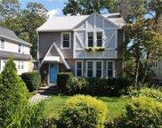 147 Vista  Terrace, New Haven image