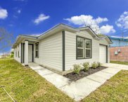 302 Cobb Street, Texas City image