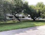 5211 Sw 196th Ln, Southwest Ranches image