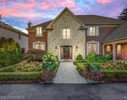 15800 LAKEVIEW, Grosse Pointe Park image