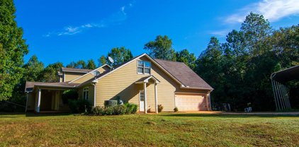446 W Mars Hill Drive, West Point