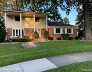 39052 CHANTILLY, Sterling Heights image