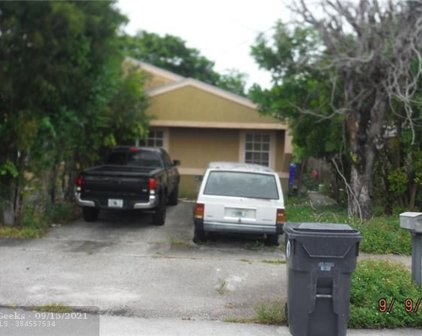 7211 SW 14th St, North Lauderdale