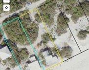 588,584 Gulf Shore Dr, Carrabelle image