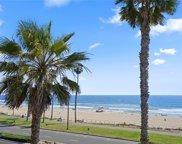 2112     Pacific Coast Highway, Huntington Beach image