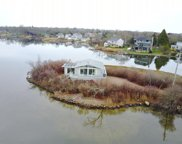 237 Twin Peninsula  Avenue, South Kingstown image