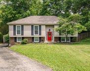 8605 Chipstone Ct, Louisville image