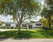 7325 Sw 134th Ter, Pinecrest image