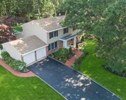 87 Washington  Boulevard, Commack image