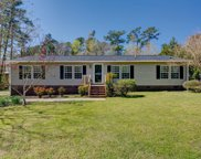 550 Groves Point Drive, Hampstead image