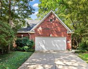 84 S Piper Trace, The Woodlands image