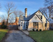 1207 Hutchings Avenue, Glenview image