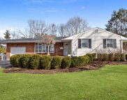 77 Hedgerow Ln, Commack image