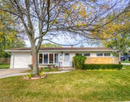 1046 Midway Road, Northbrook image
