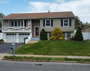 9 Dianne Drive, Neptune Township image
