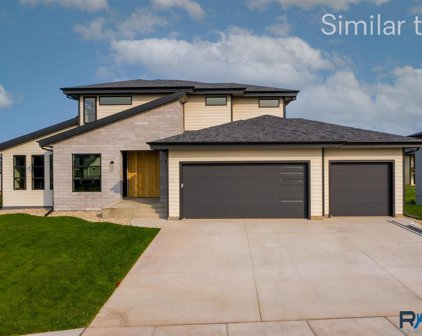 7417 E Twin Pines Ct, Sioux Falls